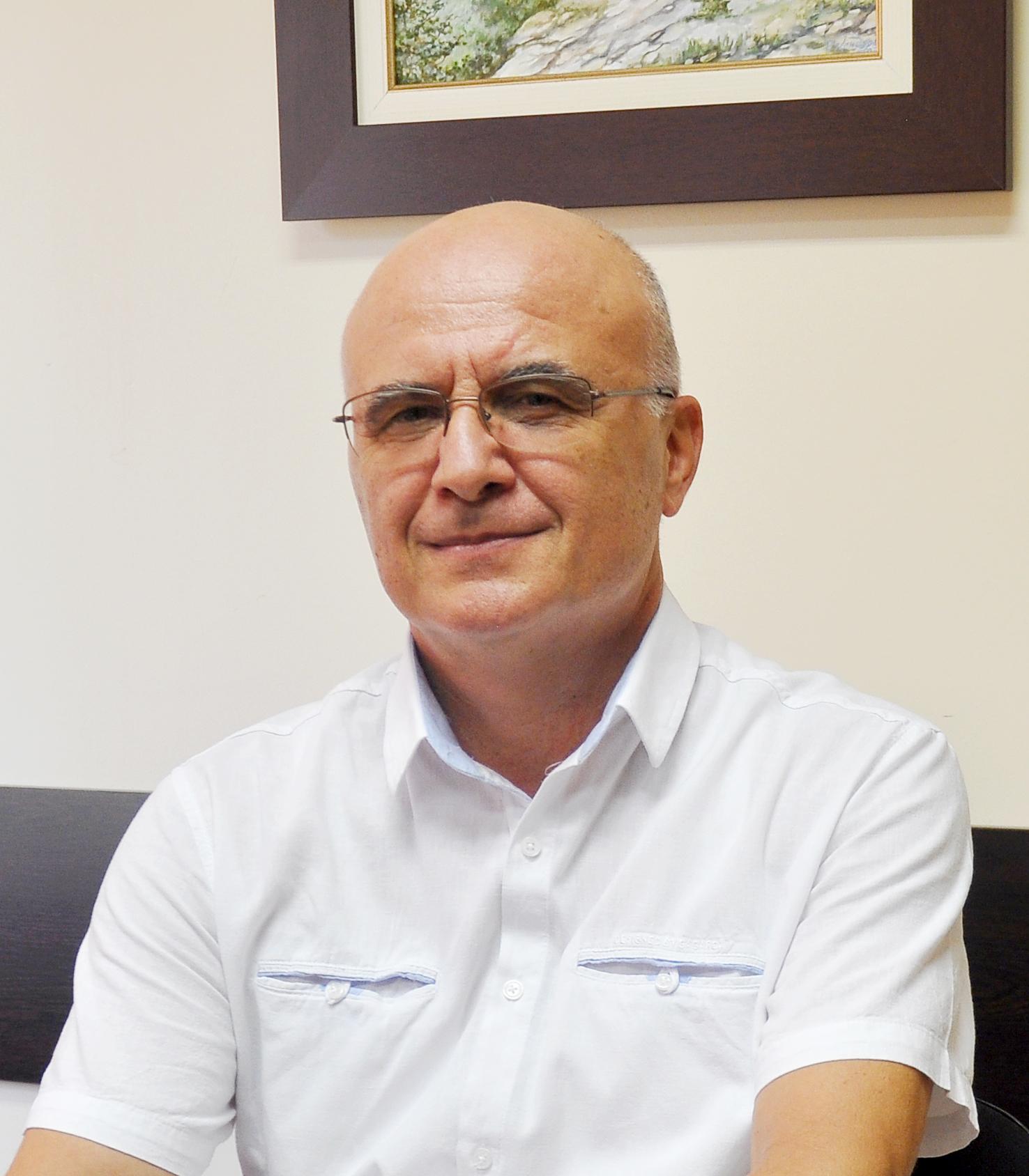 Hristo Shkodrov : Verkauf, Tech. Support